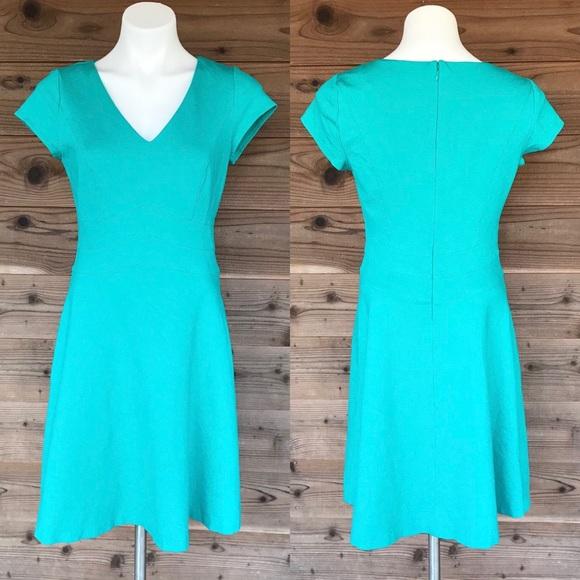 White House Black Market Dresses & Skirts - ⬇️$39 WHBM Sleeve Ponte Sheath Turquoise Dress 6